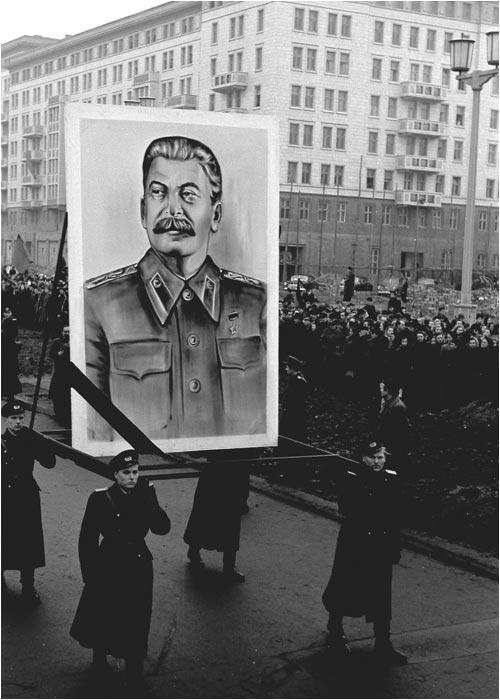 Берлин Сталиналлее март 1953