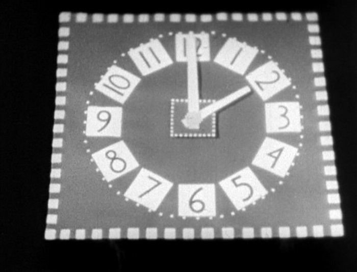 1933 - С семи до пяти (Норман МакЛарен).jpg