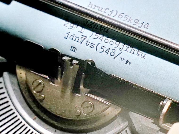1983 - Имя Кармен (Жан-Люк Годар).jpg