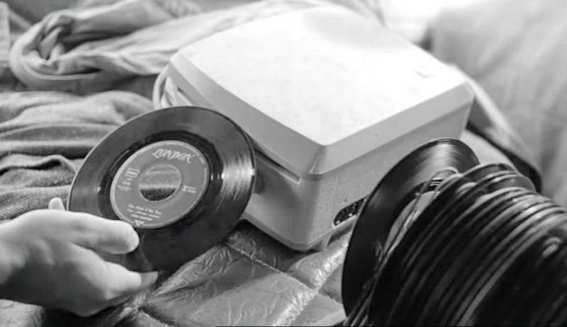 1976 - С течением времени (Вим Вендерс)