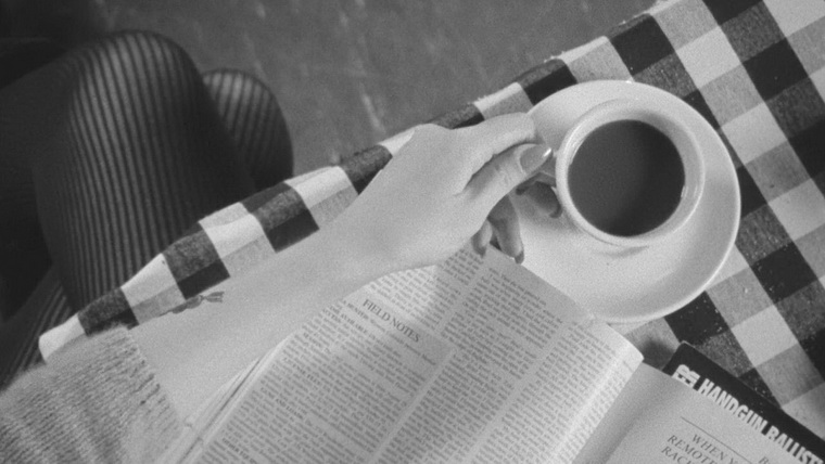 2003 - Кофе и сигареты (Джим Джармуш)