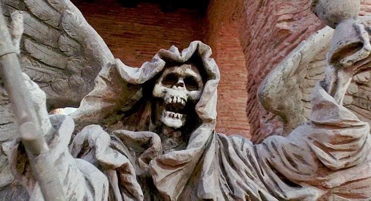 1988 - Приключения барона Мюнхаузена (Терри Гиллиам).jpg