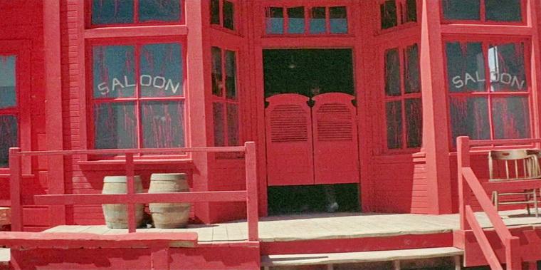 1973 - Бродяга высокогорных равнин (Клинт Иствуд).jpg