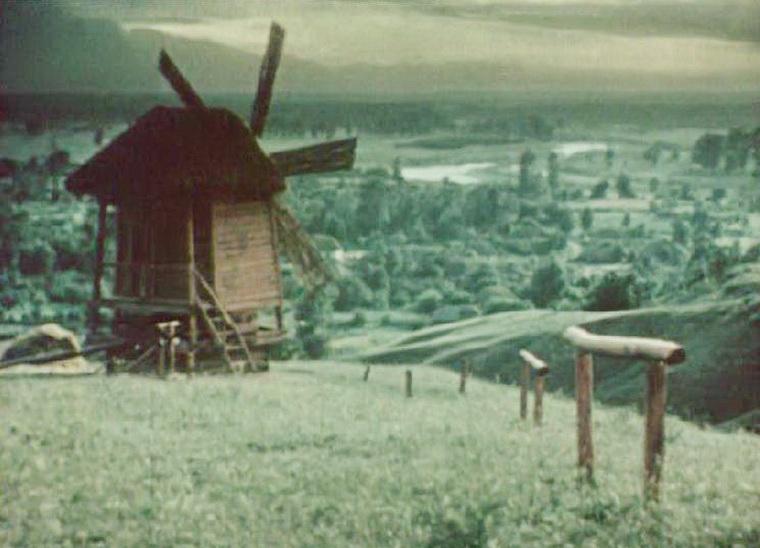 1952 - Майская ночь, или Утопленница (Александр Роу).JPG