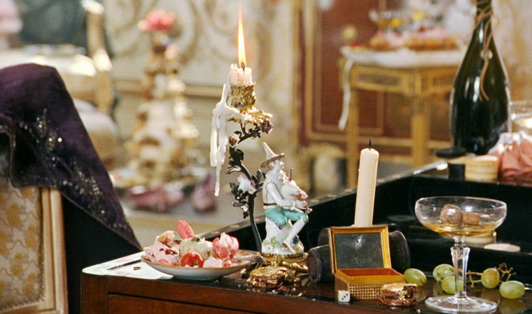 2005 - Мария-Антуанетта (София Коппола).jpg