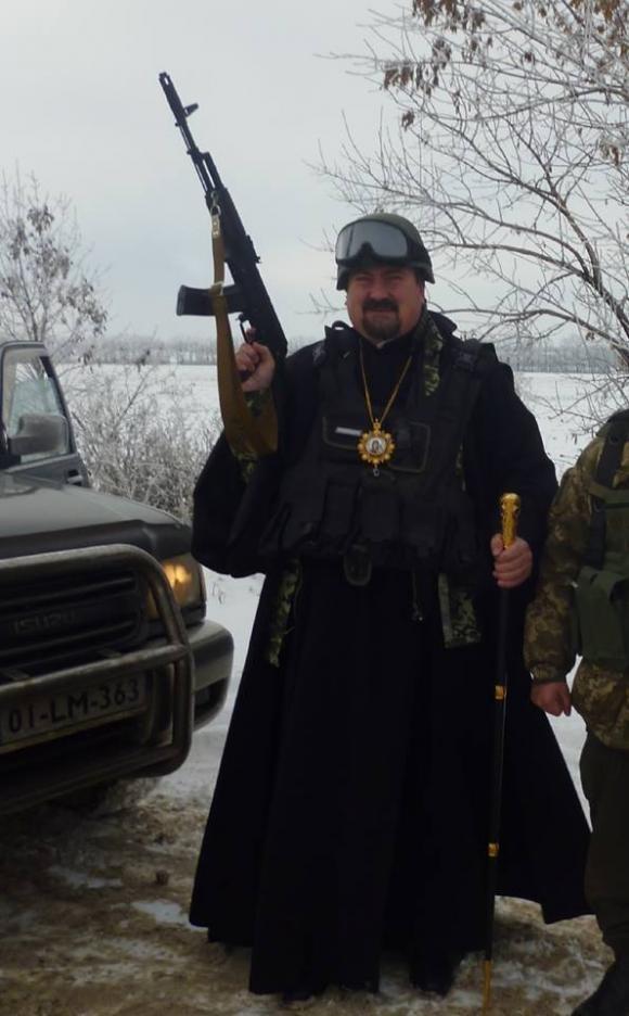 Епископ Ужгородский и Закарпатский УПЦ КП Кирилл прославился после поездки в зону АТО