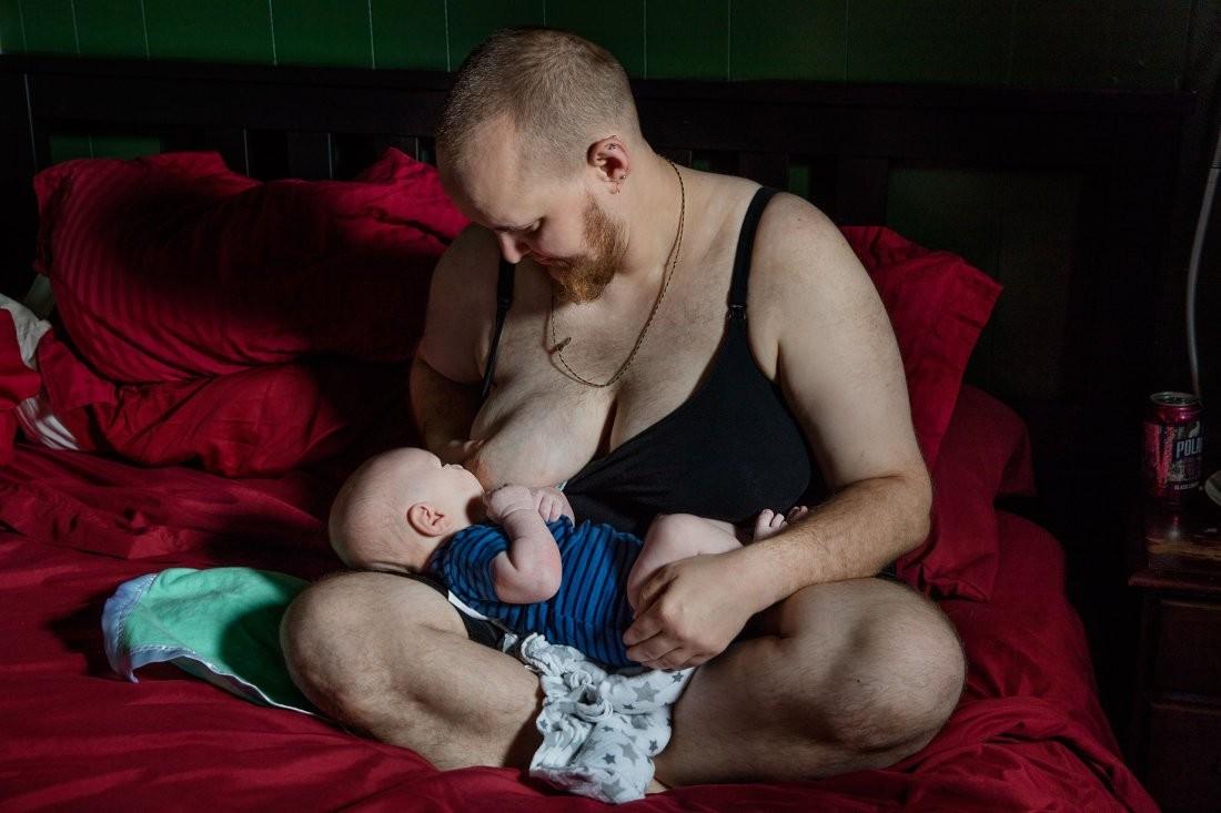 В 2011 году Эван Хемпель (Evan Hemel) обсудил все со своим партнером и принял решение прекратить прием тестостерона, чтобы выносить ребенка