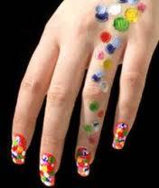 Указательный палец субполярной женщины отличается особенной длиной