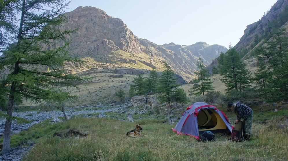 Лагерь в низовьях Кам-Тыты-Кем