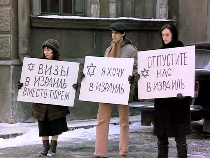 Moskva_na_Gudzone_01