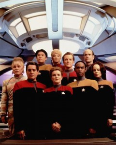 Voyager_Cast_with_Kes
