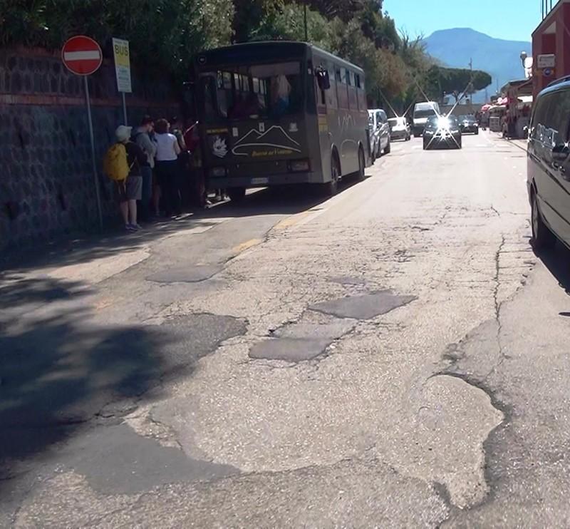 01_Автобус до подножия Везувия(1).jpg