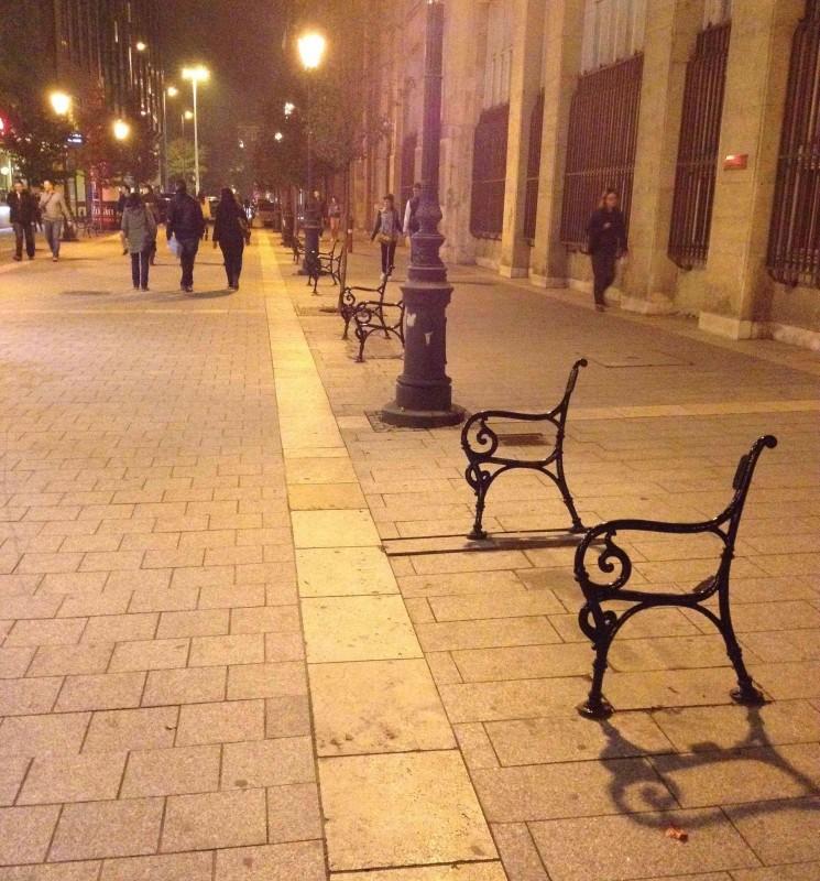 01_Лавочки в Будапеште.jpg