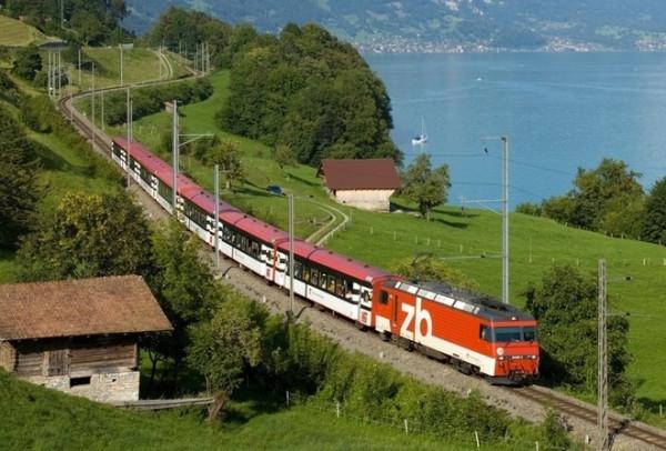 01_поезд Цюрих-Люцерн.jpg