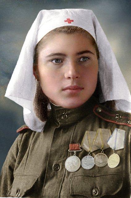 female_lieutenant_in_medical_services__1944_45_by_klimbims-d6hv7br (1)