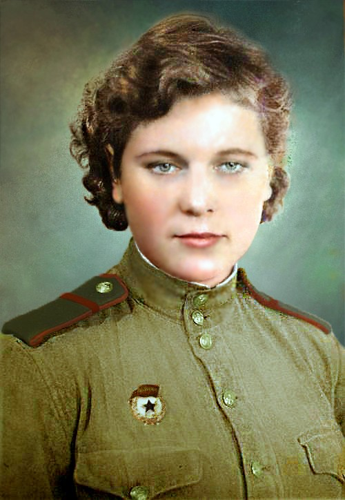 unknown_woman___corporal_on_line_of_the_red_army_by_klimbims-d7ub2vu