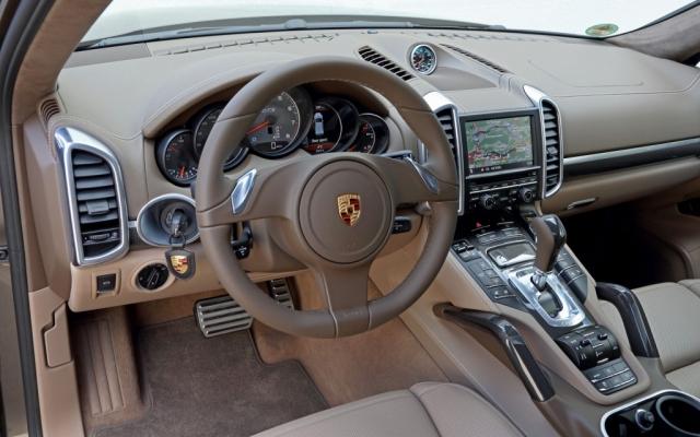 28988-porsche-cayenne-gts-bmw-x6-range-rover-sport
