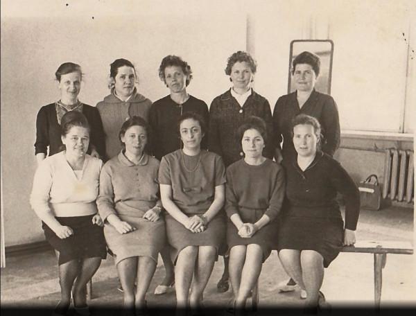 Педучилище выпуск 1954.jpg