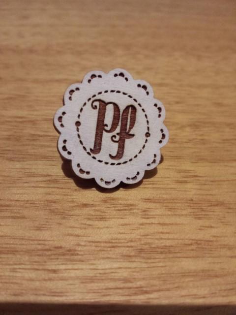 Peppermint Fox brooch