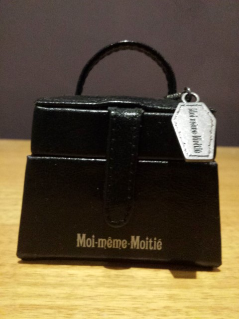 Moi-meme-Moitie jewellery box