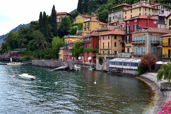 Italy-Como-Lake-Varenna-dariatranova (17)