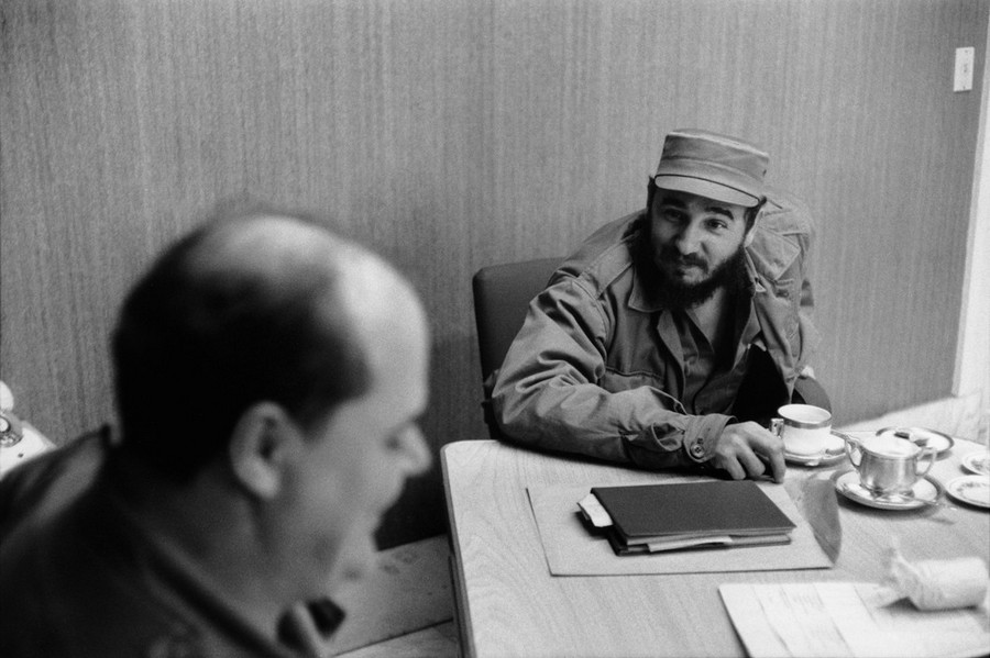 08 Henri Cartier-Bresson Havana. 1963 Private interview granted by Fidel CASTRO in his office at the P.jpg
