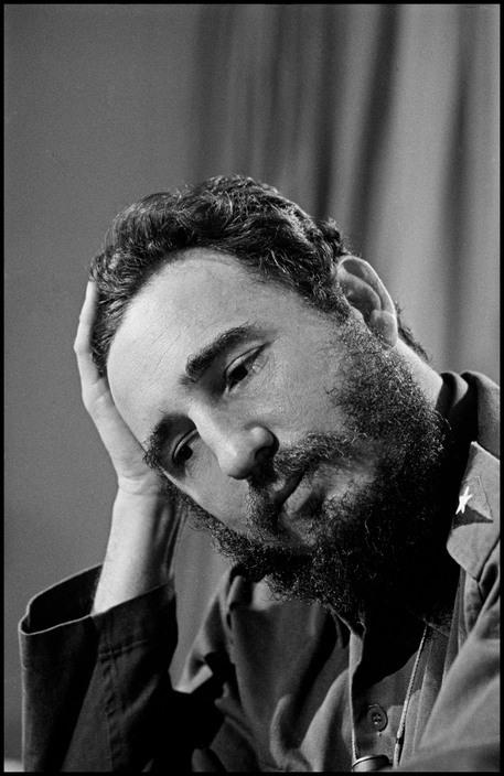 10 Elliott Erwitt 1964 CUBA. Fidel CASTRO. 1964 2.jpg