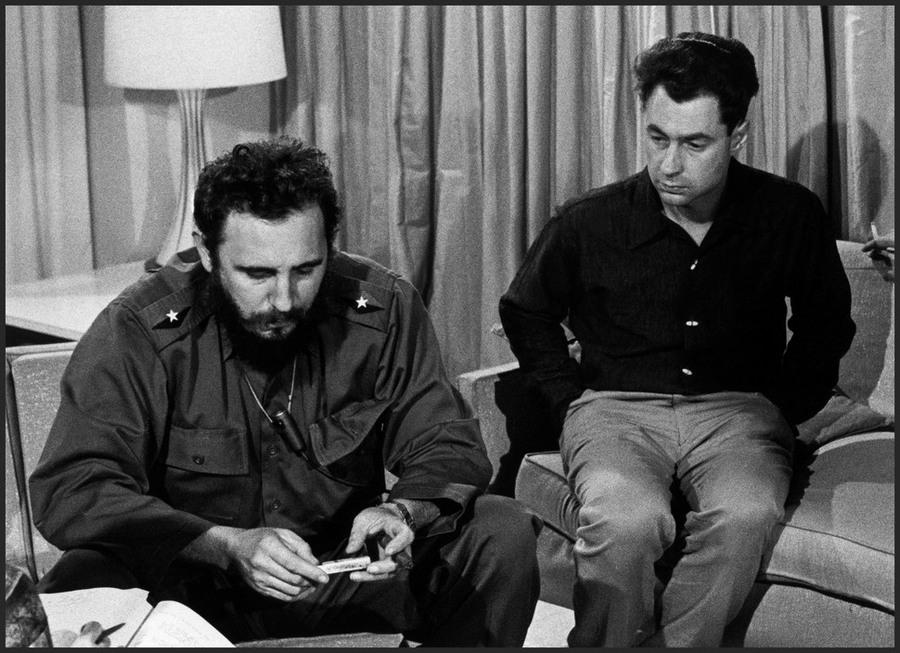 13 Elliott Erwitt CUBA. Havana. Fidel CASTRO and American photographer Elliott ERWITT. 1964.jpg