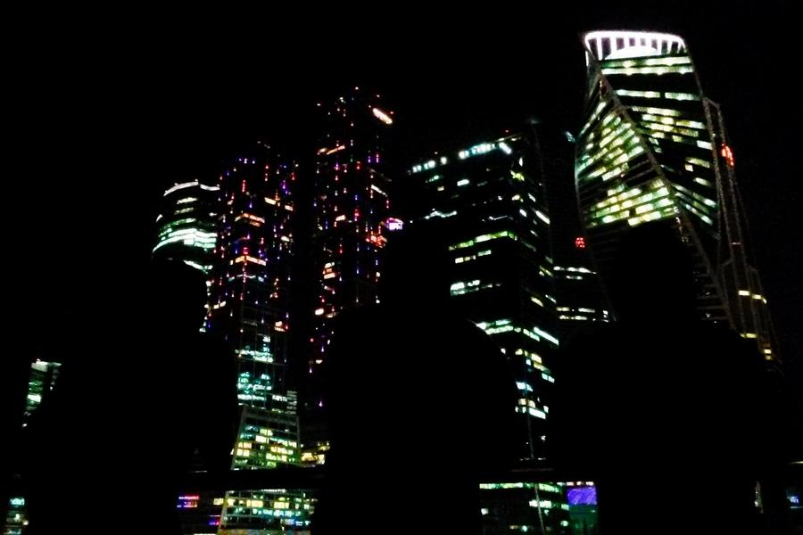 04 Мобильное фото ночью.jpg