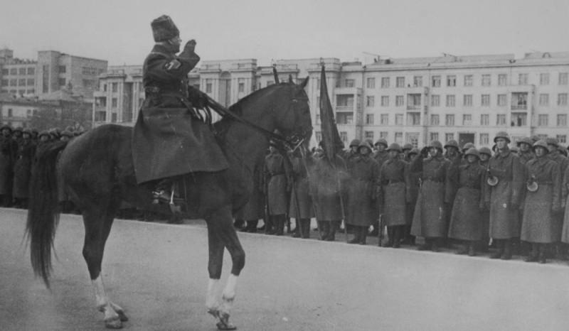 7 ноября 1941 года Куйбышев 01.jpg