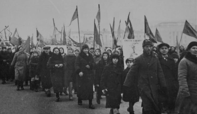 7 ноября 1941 года Куйбышев 04.jpg