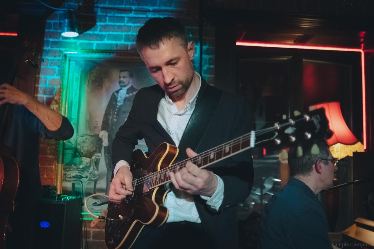 6707 Jazz guitar evolution в Клубе Алексея Козлова.jpg