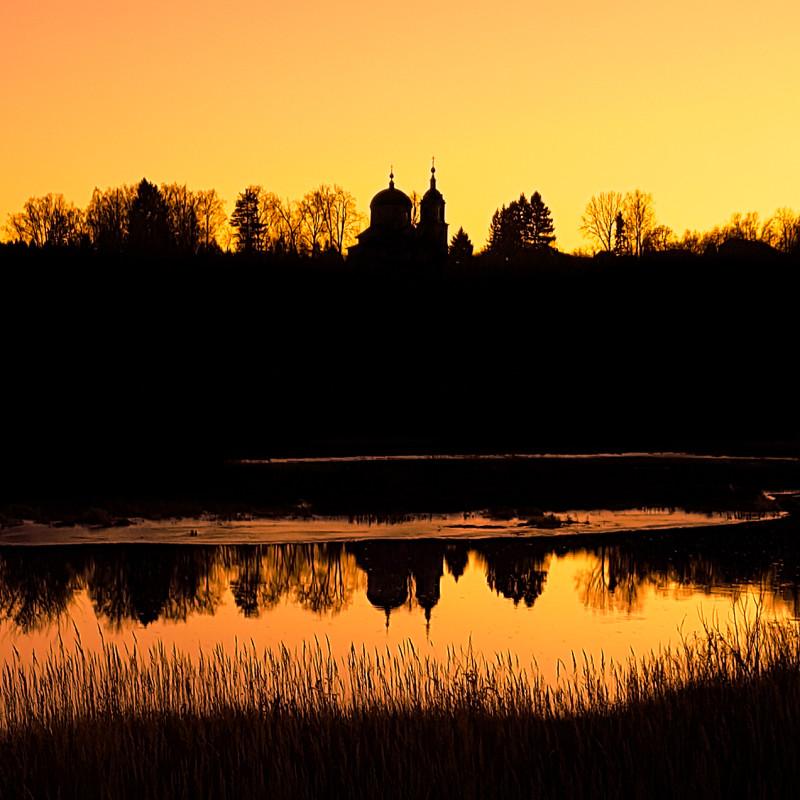 Казанская церковь в деревне Горбово. Фотограф: Петр Данилов