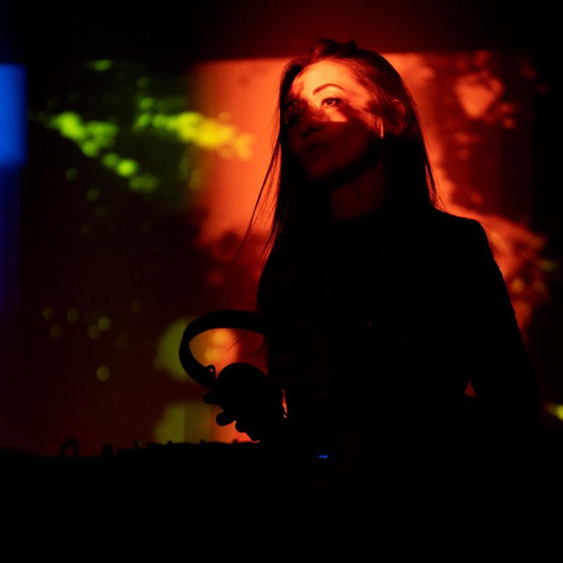 Диджеи из D.A.P. играют в клубе Город. Фотограф: Петр Данилов