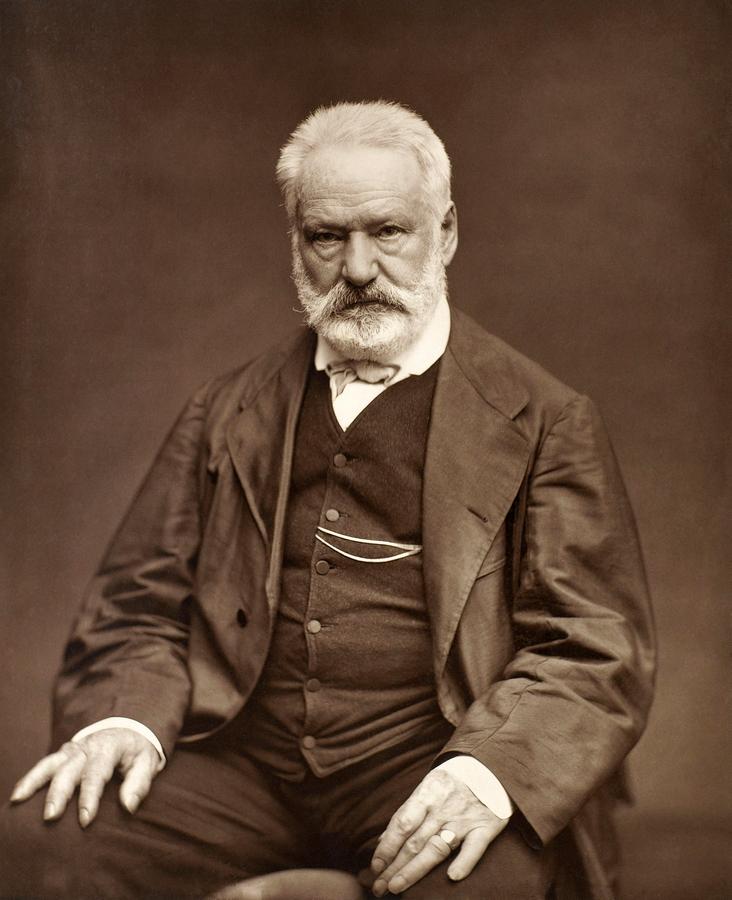 Виктор Гюго. 1876. Фотограф — Этьен Каржа.jpg