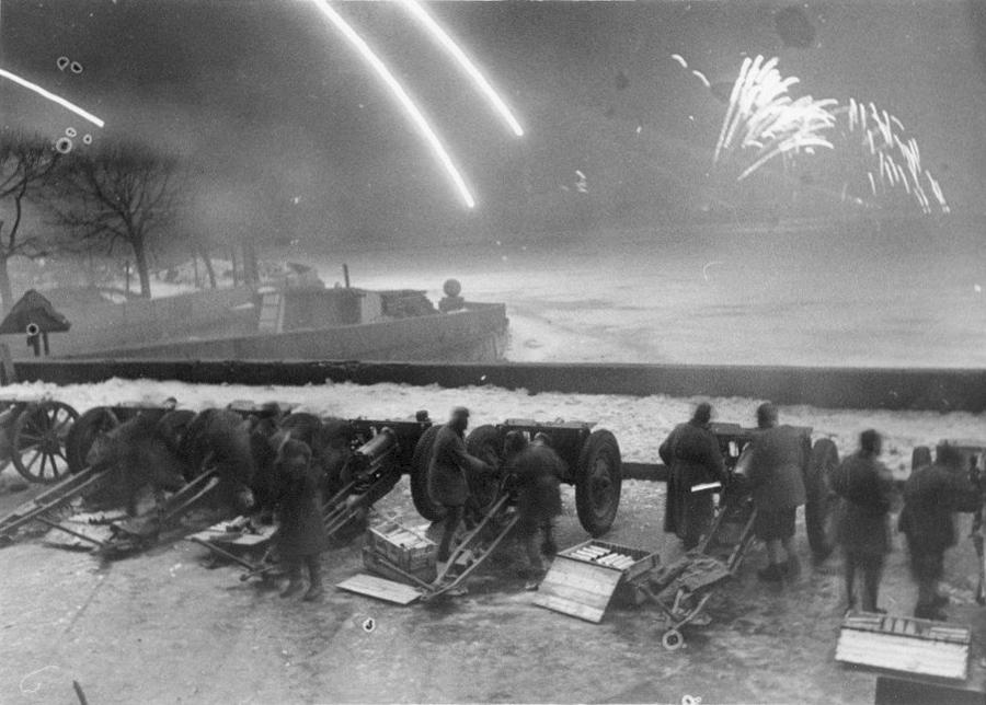 1944 январь 27 119582 Салют 27 января 1944 года.jpg