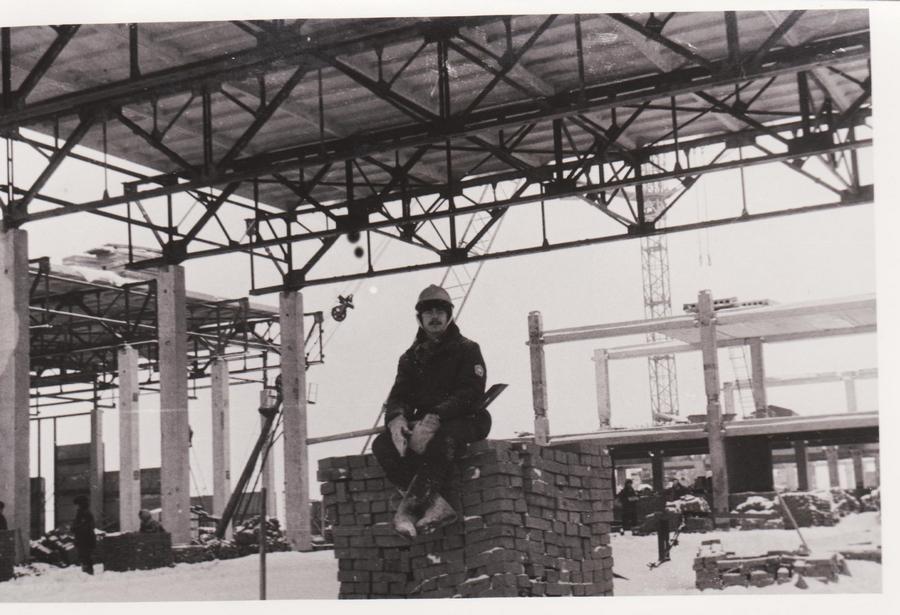 1977-1978 январь Москва 198726 Строительство бассейна Олимпийской деревни, январь 1978 г.jpg
