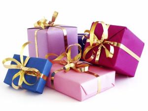 83022822_large_christmas_gifts