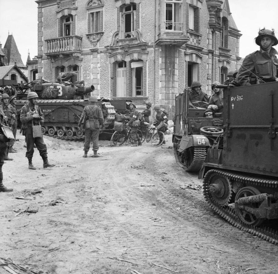 Char AVR Churchill du 77th Assault Squadron, 5th Assault Regiment, a Hermanville, le 6 juin 1944