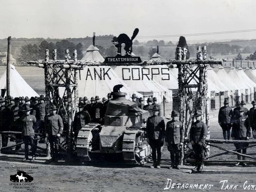 Один из Renault FT, который передали в США для тренировки экипажей, Форт-Бенинг, февраль 1919 года