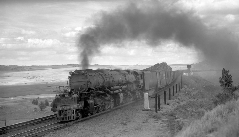 Union Pacific train, engine number 4014, engine type 4-8-8-4, near Dale, Wyo., August 29, 1958.