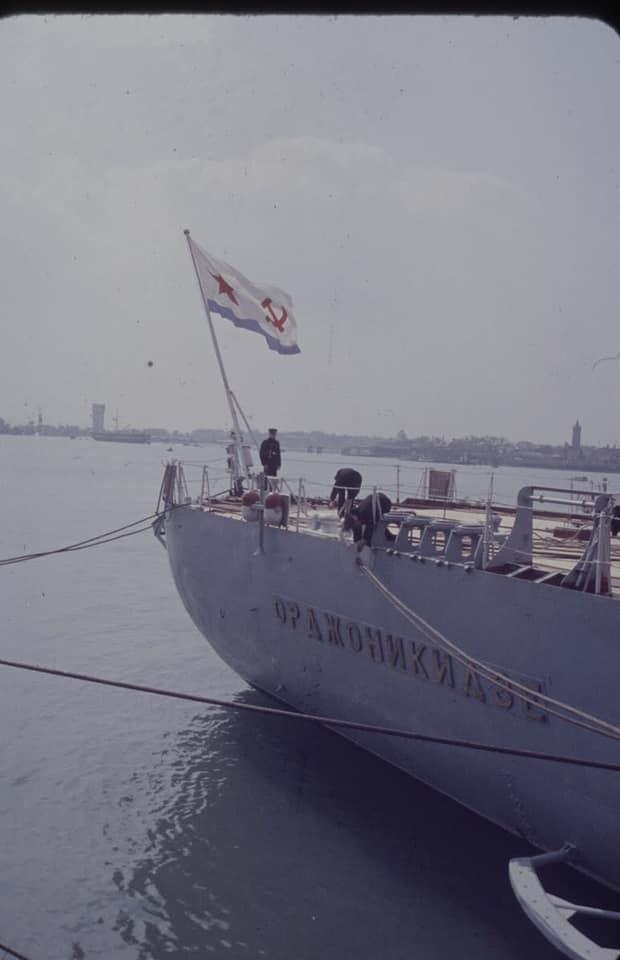 Soviet cruiser Ordzhonikidze (1950) arrives in Portsmouth carrying Nikita Khrushchev & Nikolai Bulganin for a diplomatic mission to Britain in April 1956 07