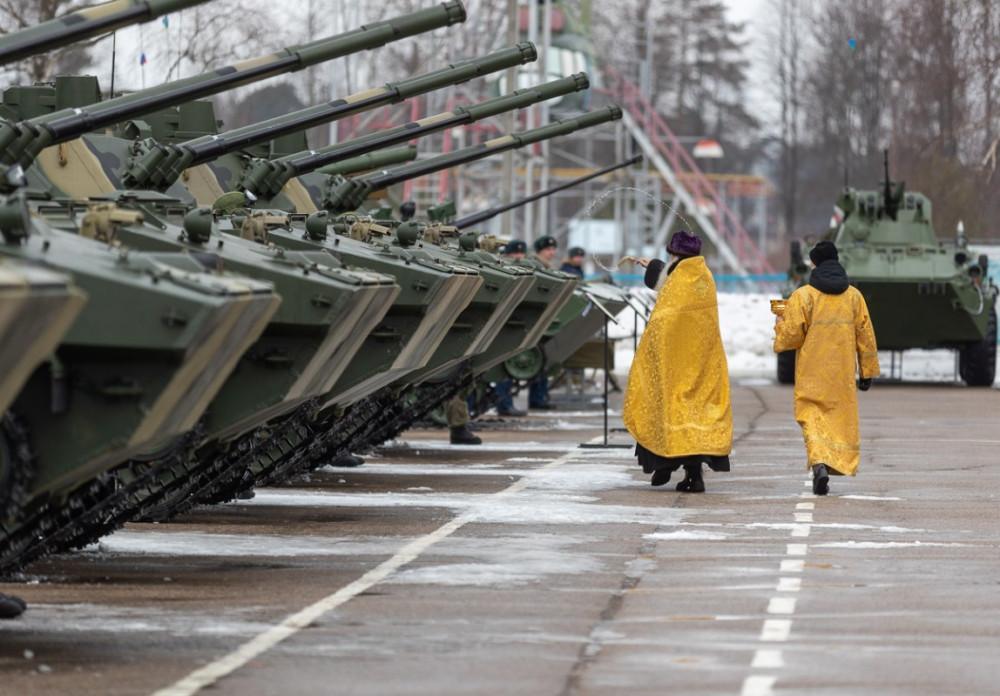 Вручение боевых машин десанта 76-й ДШД. Псков, 14 марта 2019 г