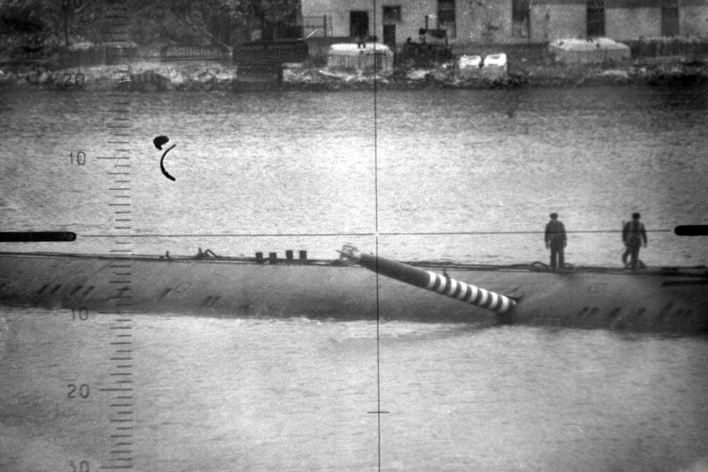 A training torpedo stuck in the hull of the Soviet nuclear submarine K-178, Project 658. 1989. Launched by boat K-469