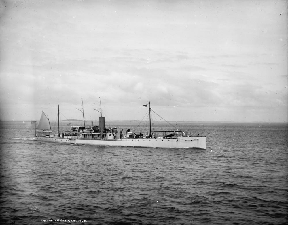USS Vesuvius [between 1890 and 1901]+