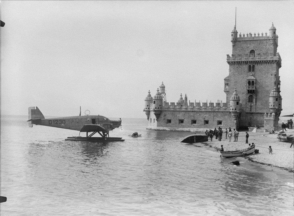 Hidroviao Junker K 43, amarado junto a Torre de Belem, 1927