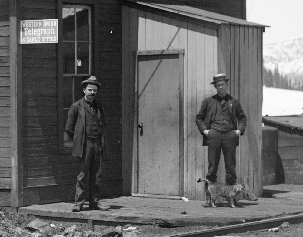 Colo. Midland R.R. station at Ivanhoe [between 1890 and 1910]