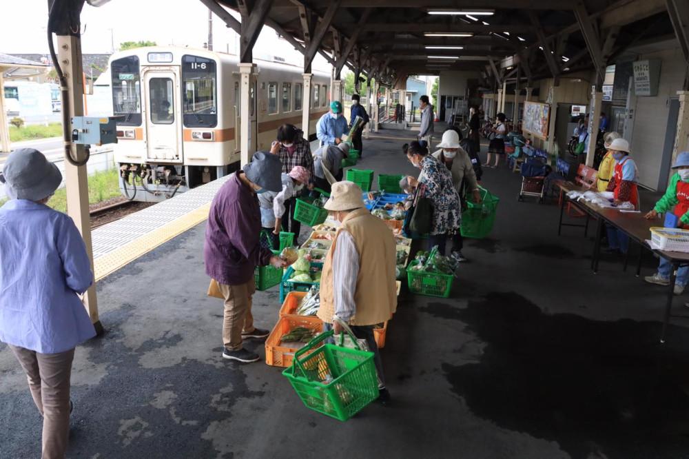 Hitachinaka seaside railway's station Sunday market on the platform