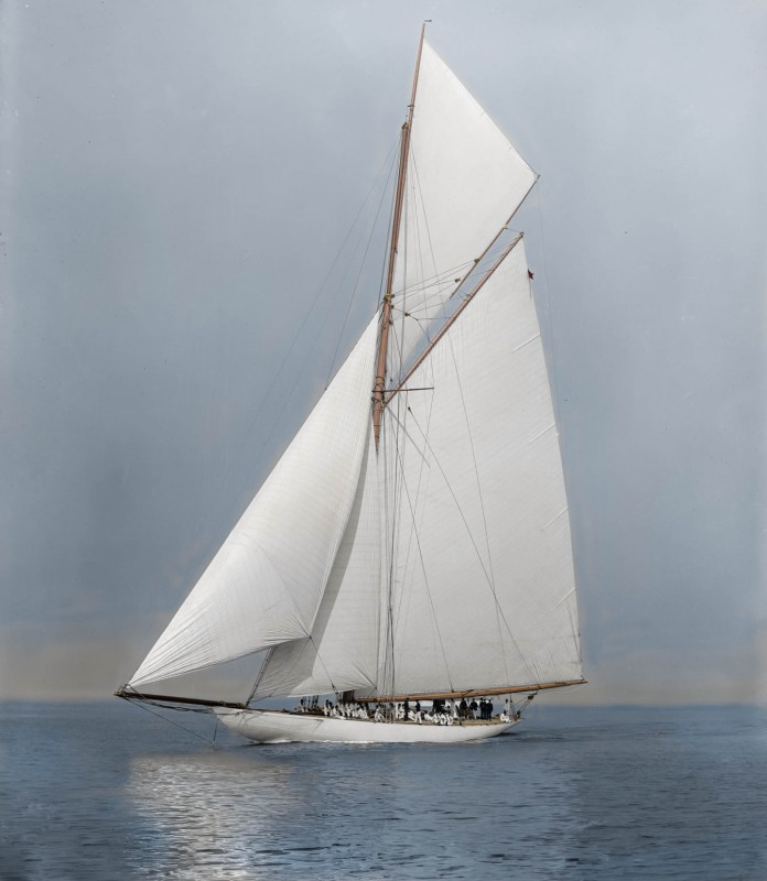 The yacht Columbia at the America's Cup races on October 12, 1899