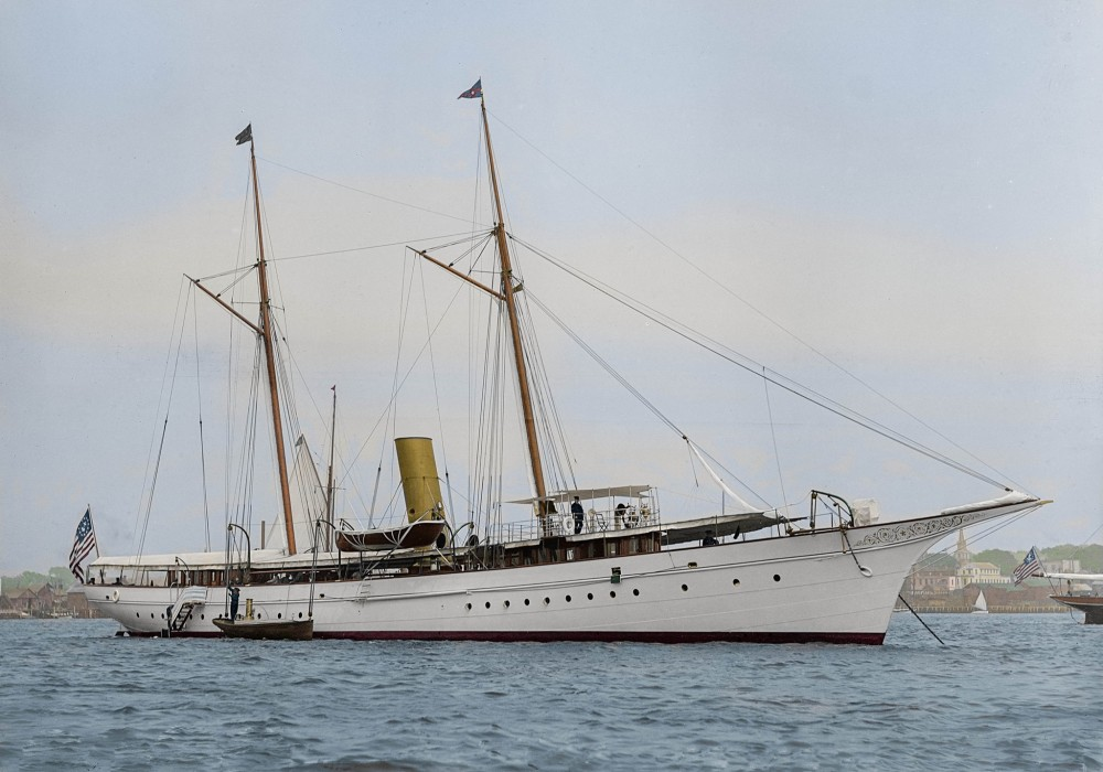 Steam yacht Electra, photographed by John S. Johnston in August 1895